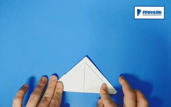 Как сделать кораблик из бумаги - фото 11