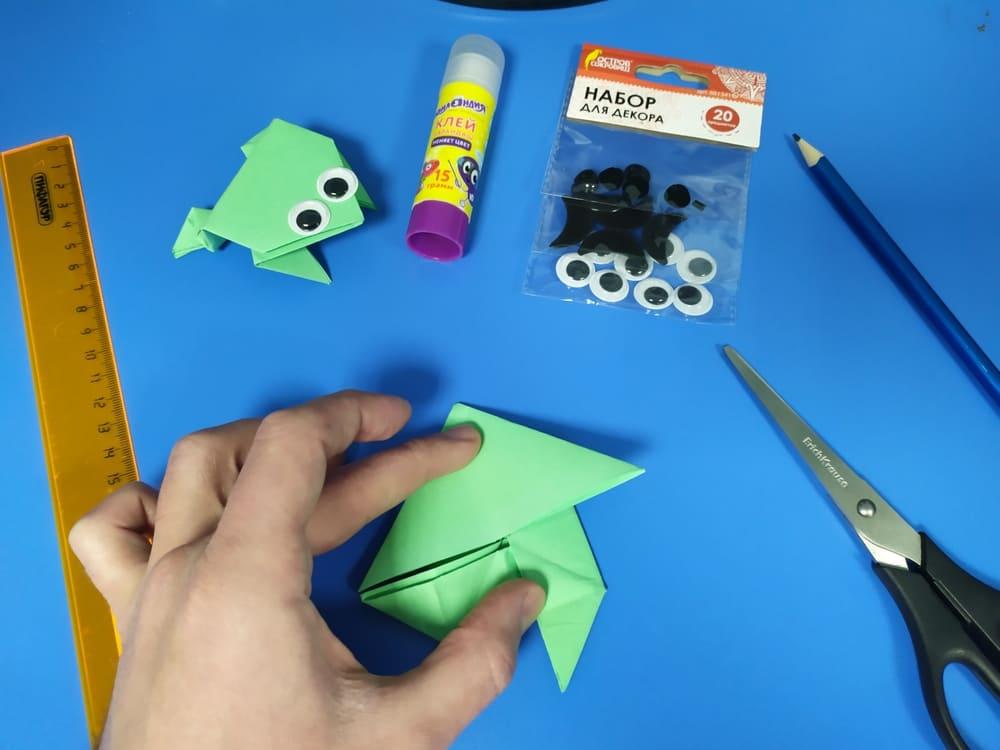 Лягушка из бумаги - фото 13