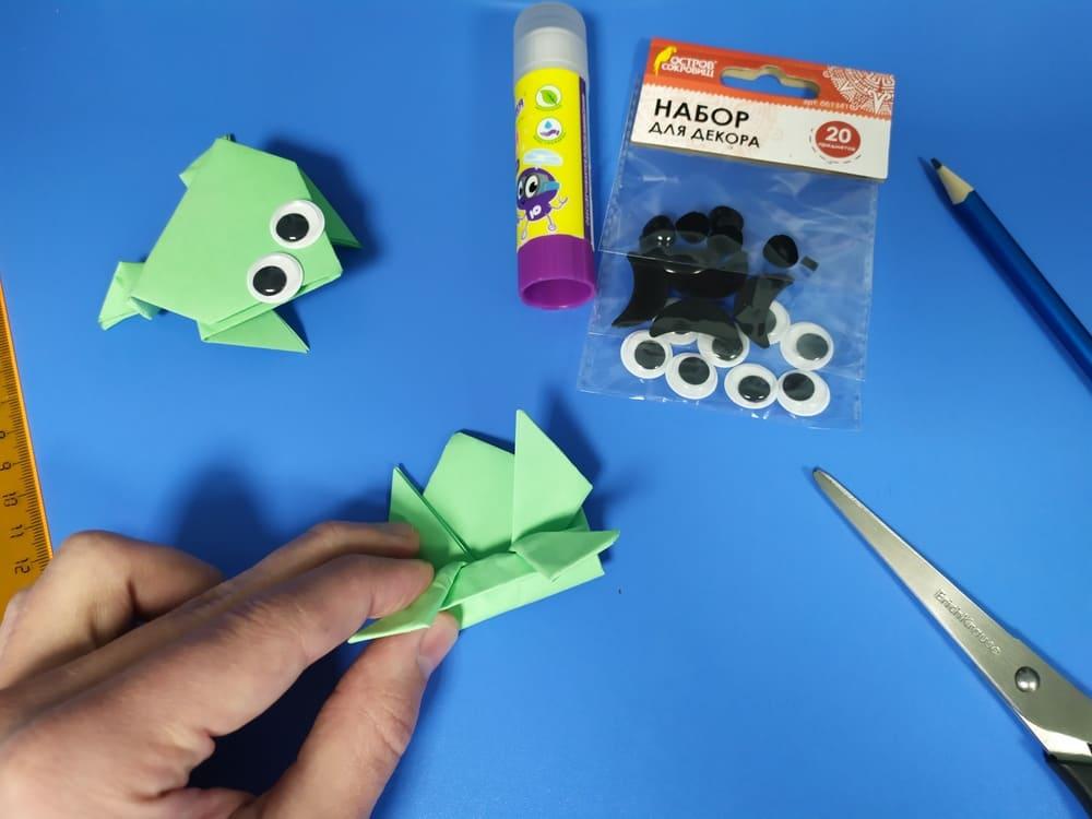 Лягушка из бумаги - фото 16