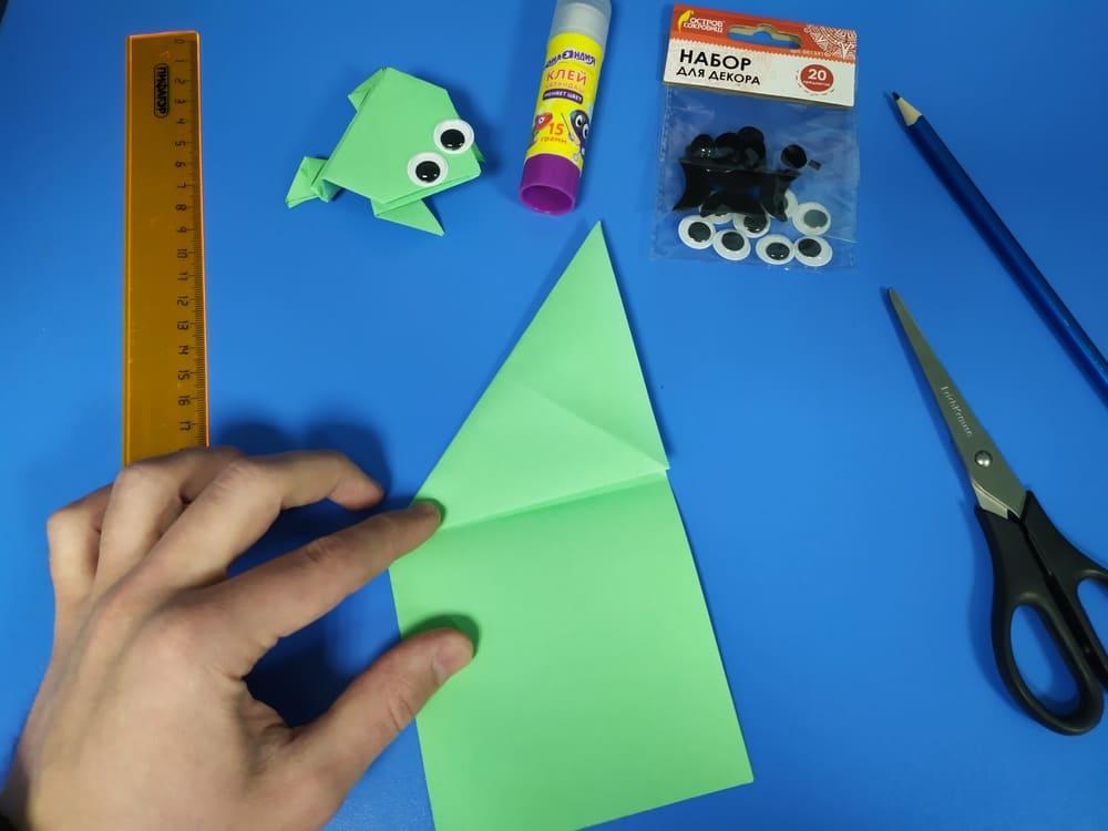 Лягушка из бумаги - фото 5