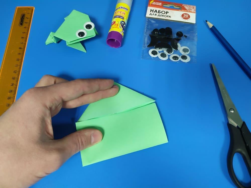 Лягушка из бумаги - фото 8