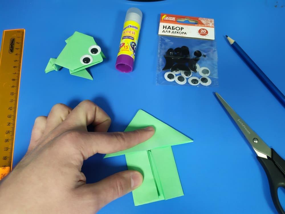 Лягушка из бумаги - фото 9