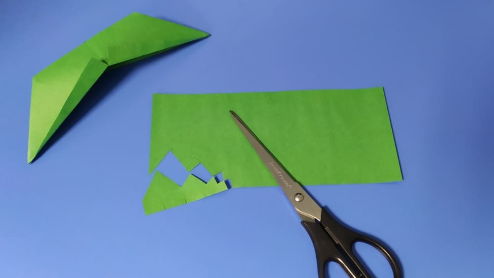 Как сделать голову ящерицы из бумаги фото 10
