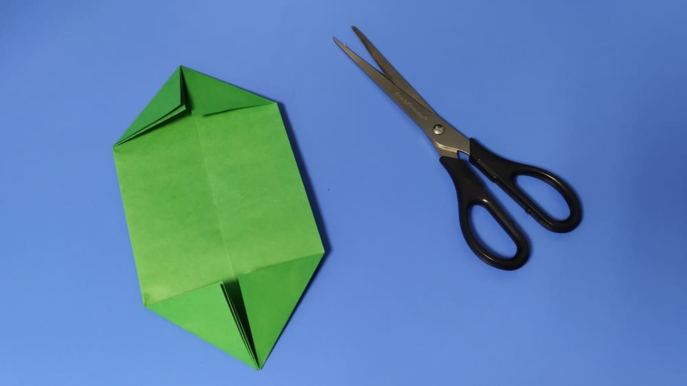 Как сделать голову ящерицы из бумаги фото 6