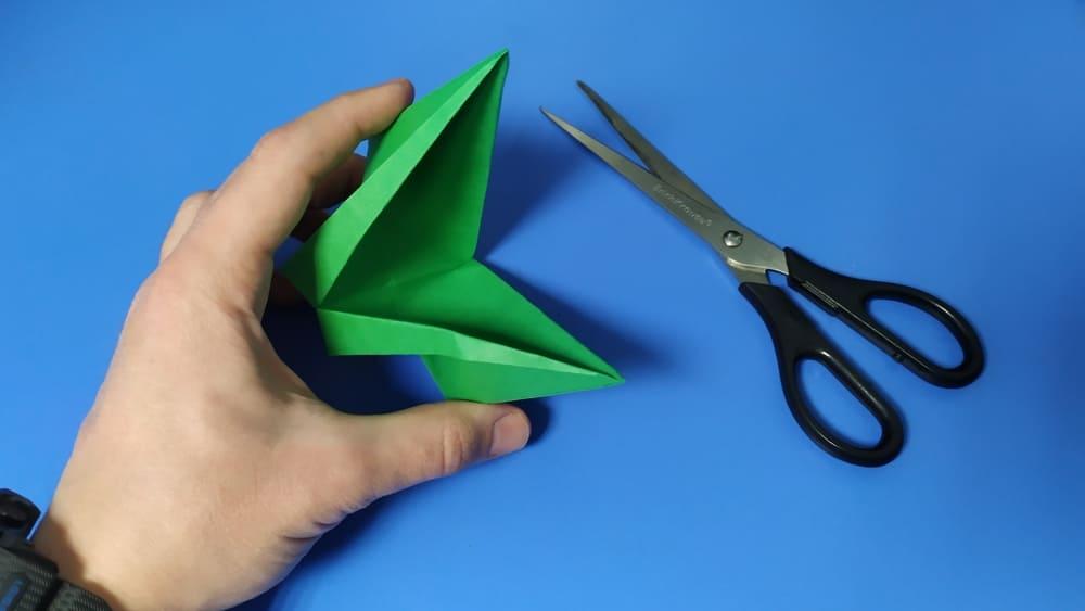 Как сделать голову ящерицы из бумаги фото 9