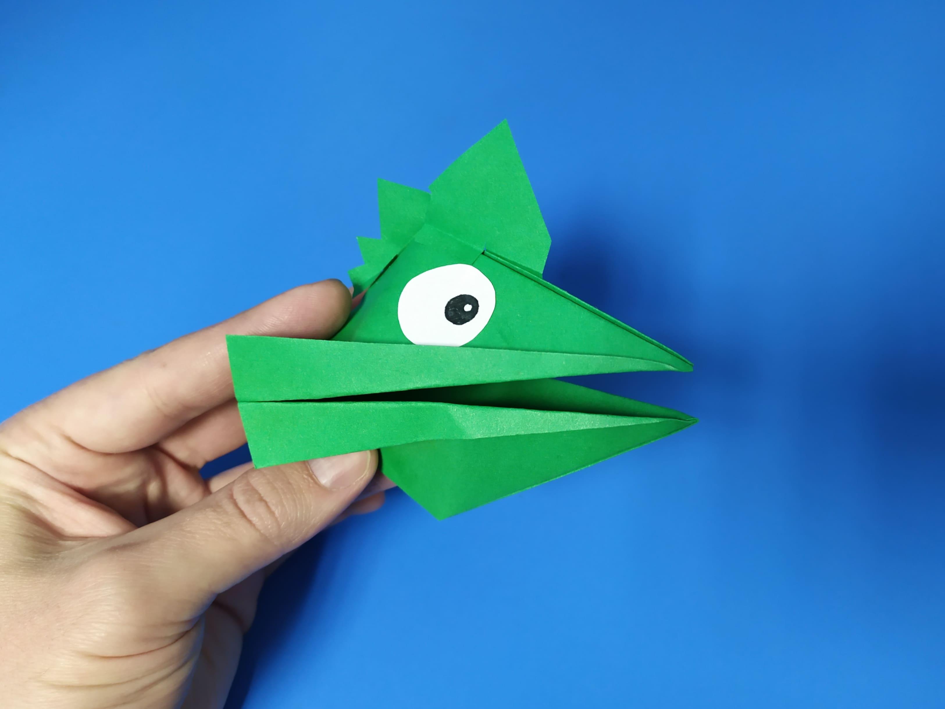 Как сделать голову ящерицы из бумаги