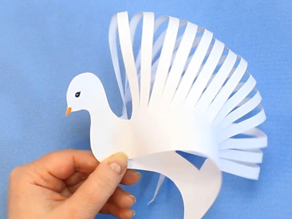 Объёмный голубь из бумаги к 1 мая