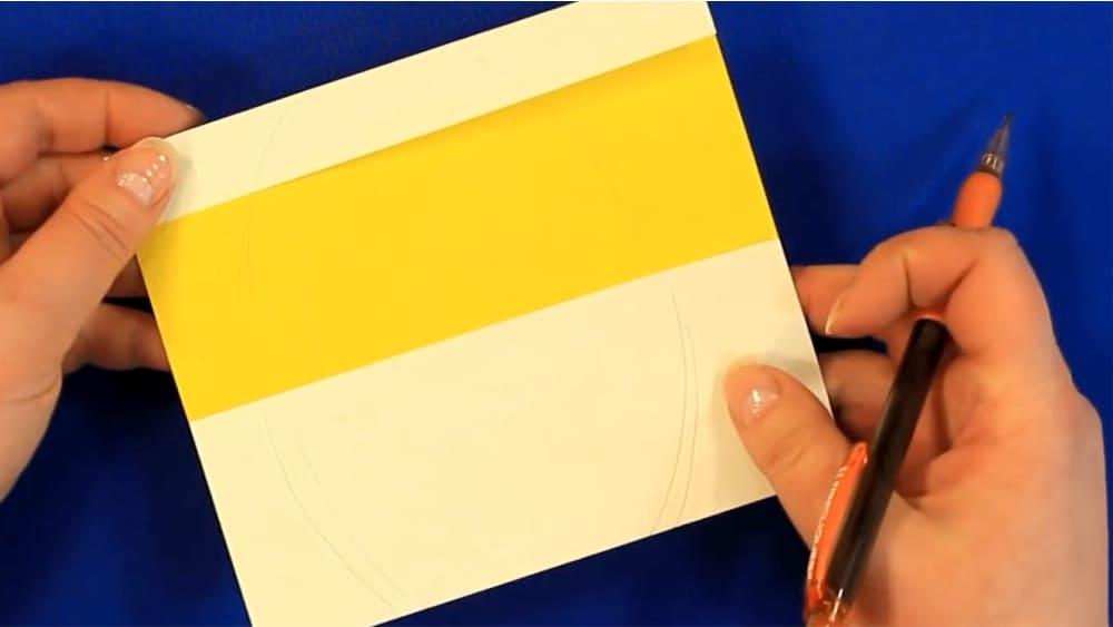 """Создание открытки из цветной бумаги """"Цыпленок"""" - фото 3"""