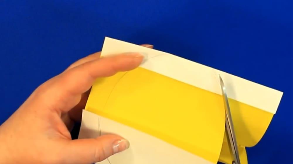 """Создание открытки из цветной бумаги """"Цыпленок"""" - фото 4"""