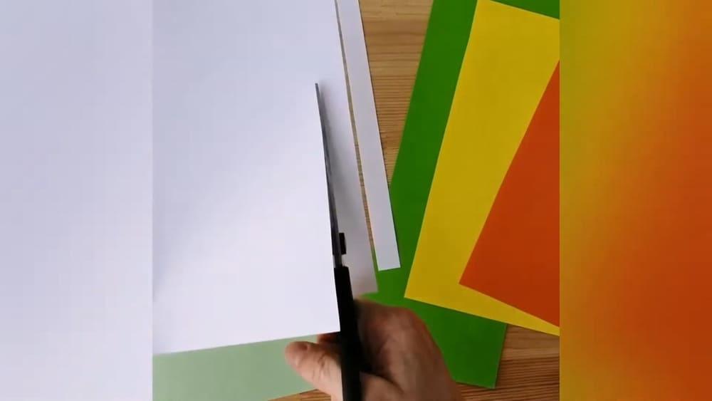 """Аппликация из цветной бумаги """"Ромашка"""" - фото 1"""