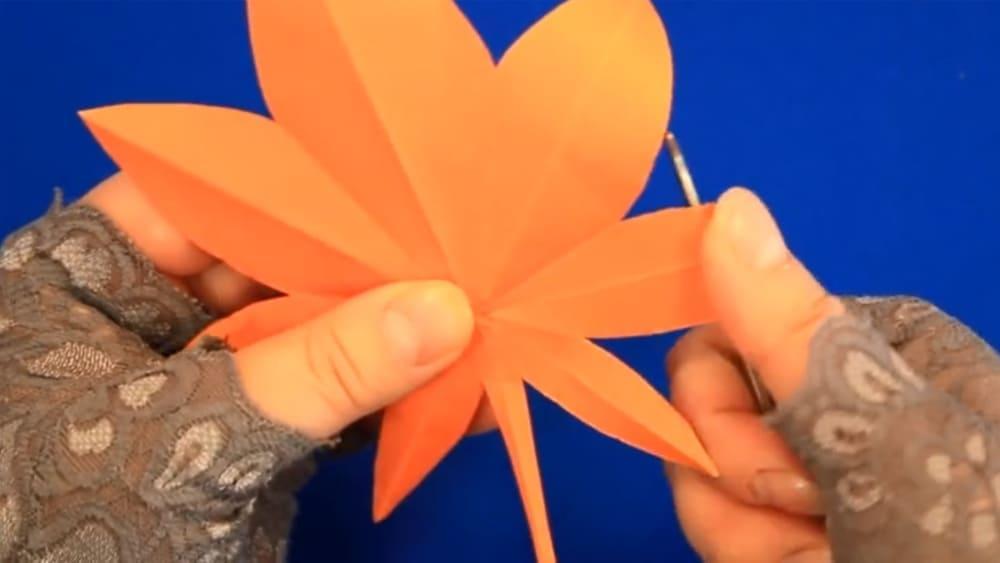 Кленовый лист из бумаги - фото 8