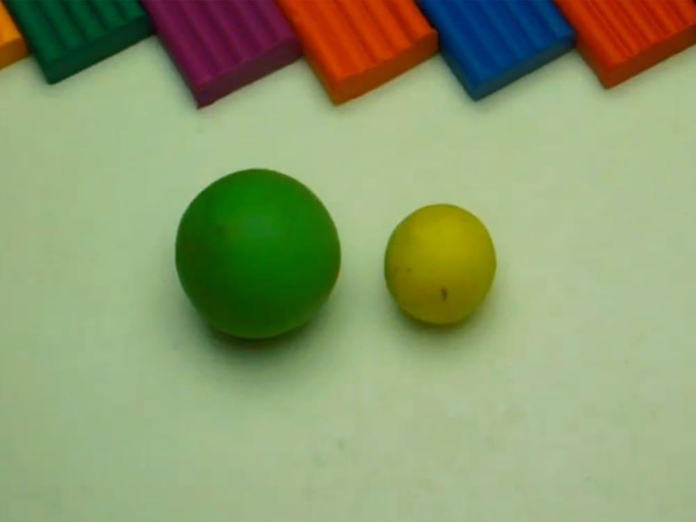 Лягушка из пластилина - фото 1