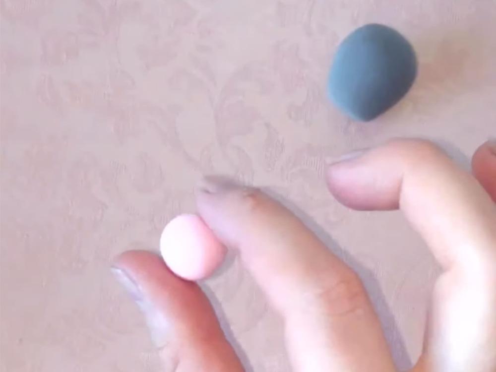 Как слепить мышку из пластилина - фото 3